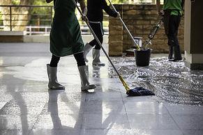 Limpando os corredores