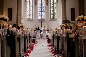 Hochzeitssängerin zur kirchlichen trauung