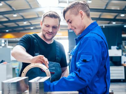 Development of apprenticeships and dismissal