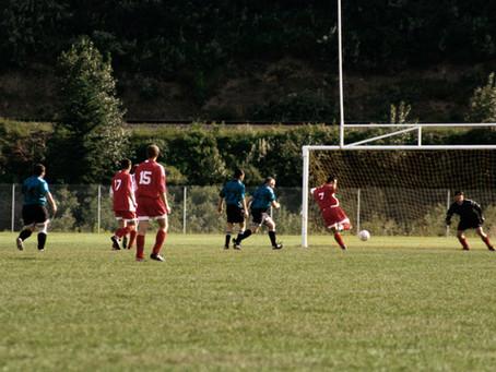 有痛性外脛骨(両足)で大好きなサッカーを休止!