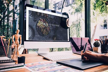Designer-Schreibtisch