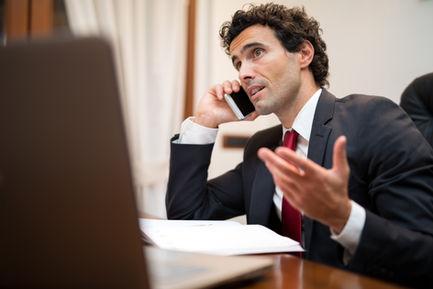 Бесплатен елефонски разговор и размена на искуства за деловни решенија