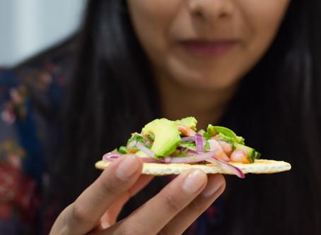 De 15 beste eiwitrijke snacks om mee te nemen