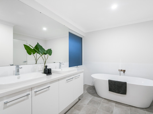 5  ways to create the perfect finishing touch to your new bathroom
