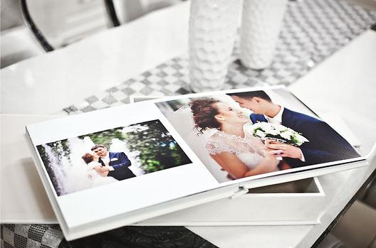 Hochzeitsalbum Referenzen meiner Paare von Wedding Wiesbaden