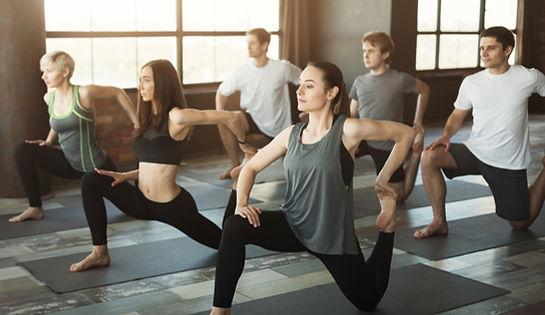 Kapalı Yoga Dersi