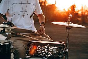 Sonnenuntergang-Trommeln