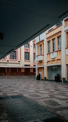 Colonial Buildings