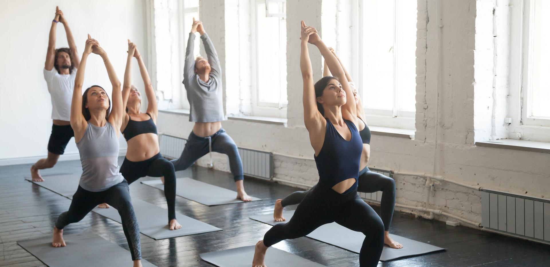 Yoga de Empoderamiento Femenino