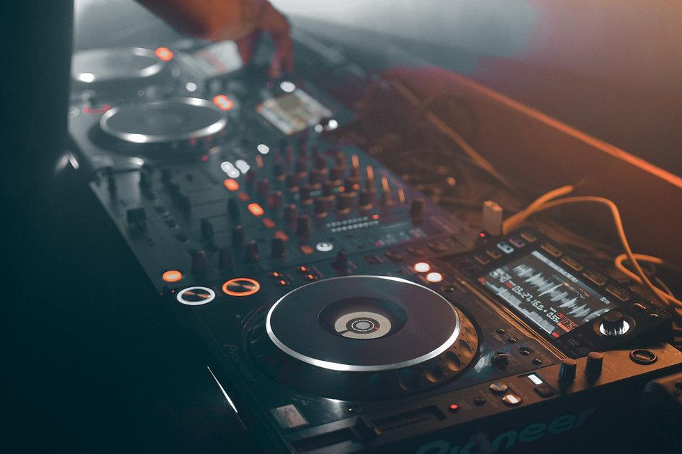 Audio Mixing Controller
