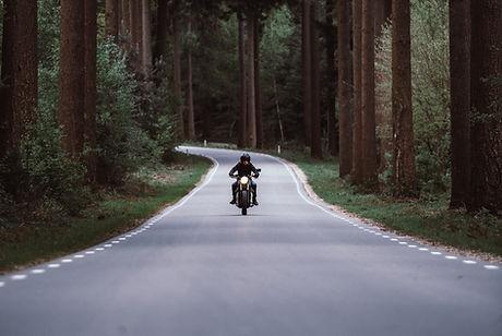 Fahren auf einer Autobahn