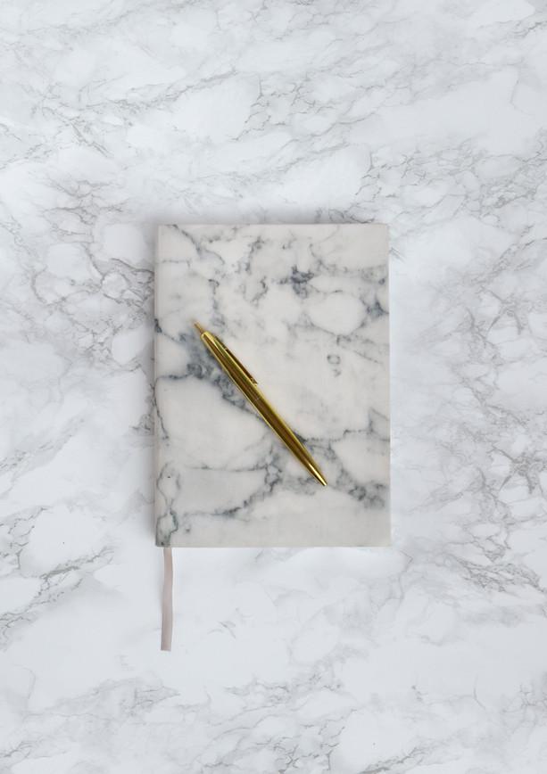 Notatnik i długopis