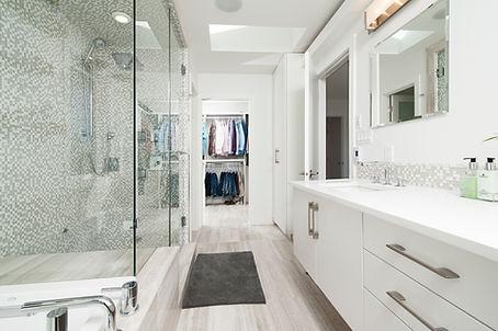 weiß Badezimmer
