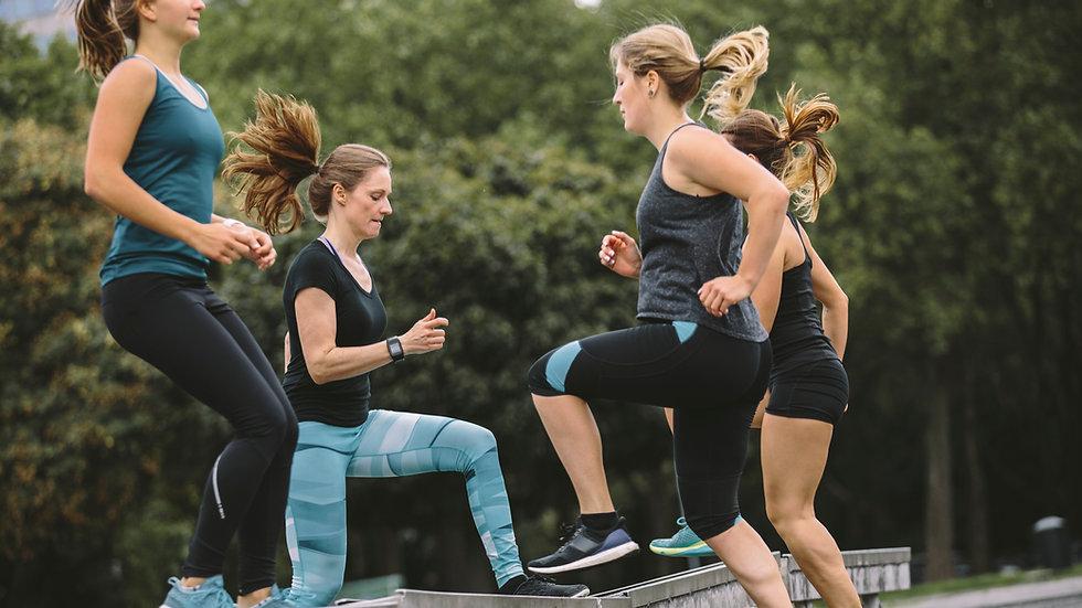 Probetraining Fitness im Park