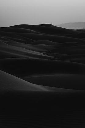 暗闇の砂漠