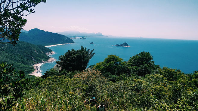 Vista para o mar azul
