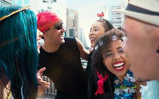 Risueño Carnaval Partygoers