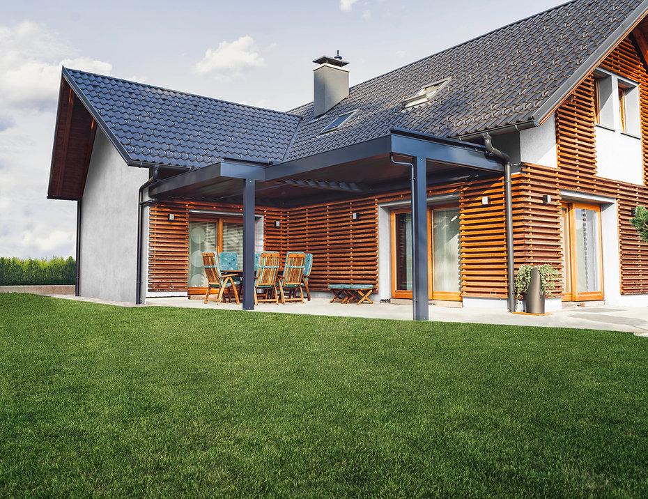 Haus mit Rasen