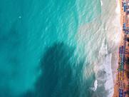 海の空中ショット