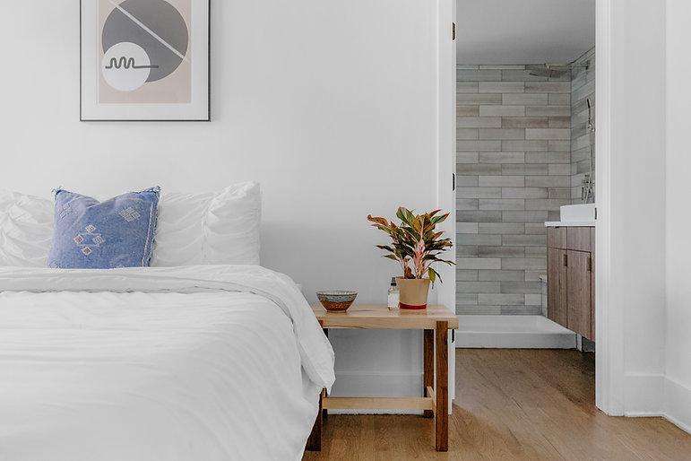 Dormitorio en blanco