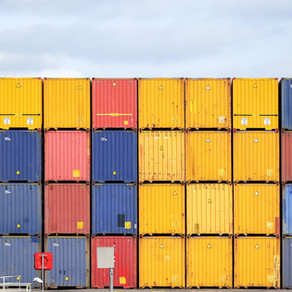 Vertriebsmitarbeiter im Import