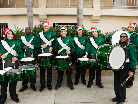 Winter On The Avenue and Ye Olde Hometown Christmas Parade This Weekend
