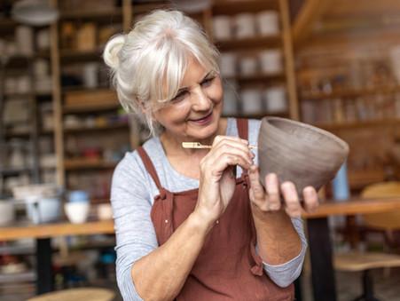 Pós-menopausa: o que muda no corpo da mulher e como manter uma vida sexual