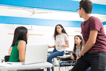 Discusión entre los estudiantes