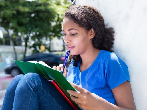 Como escolher o melhor curso online de idiomas de 2021?