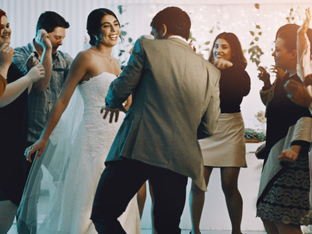 Choosing the right DJ for your Wedding