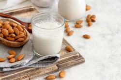 leite de amêndoa