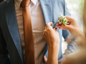 WHY GO BESPOKE ON YOUR WEDDING DAY