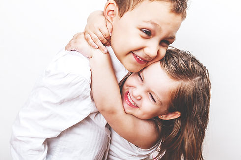 Frères et sœurs mignons