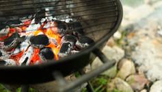 תפריט על האש