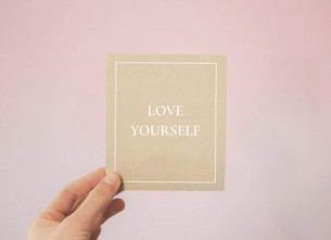 8 WAYS TO BE KIND TO YOURSELF