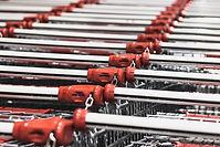 スーパーマーケットのカート