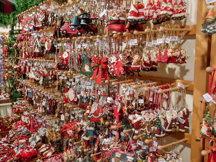 Christmas-Tree-Ornaments