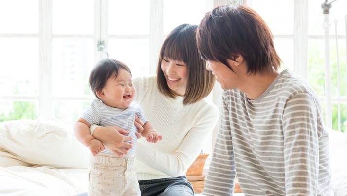 赤ちゃんに自由に話しかける