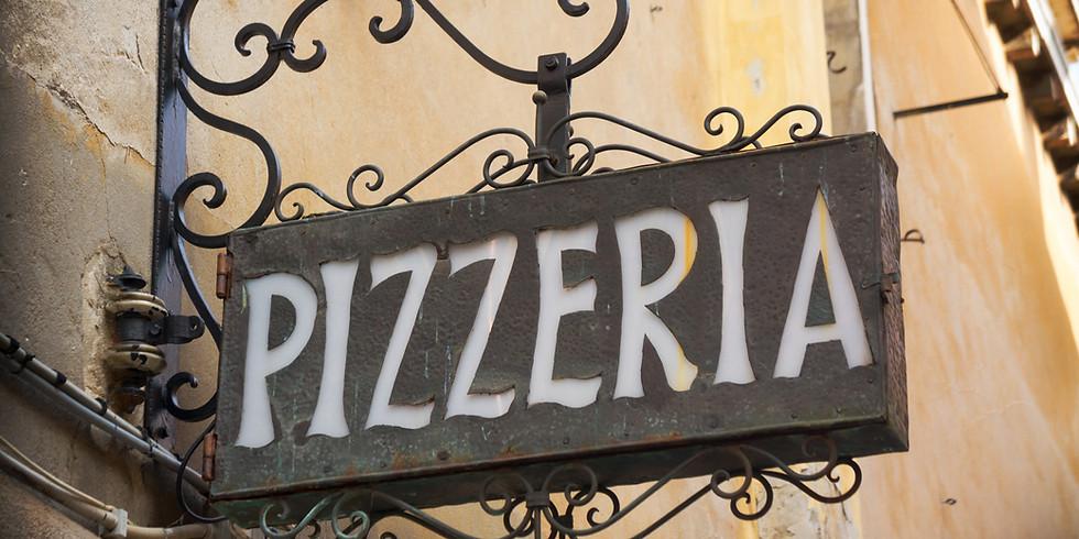 Zondag pizza uit de steenoven op de club by Francesco!