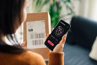 Receiving a parcel