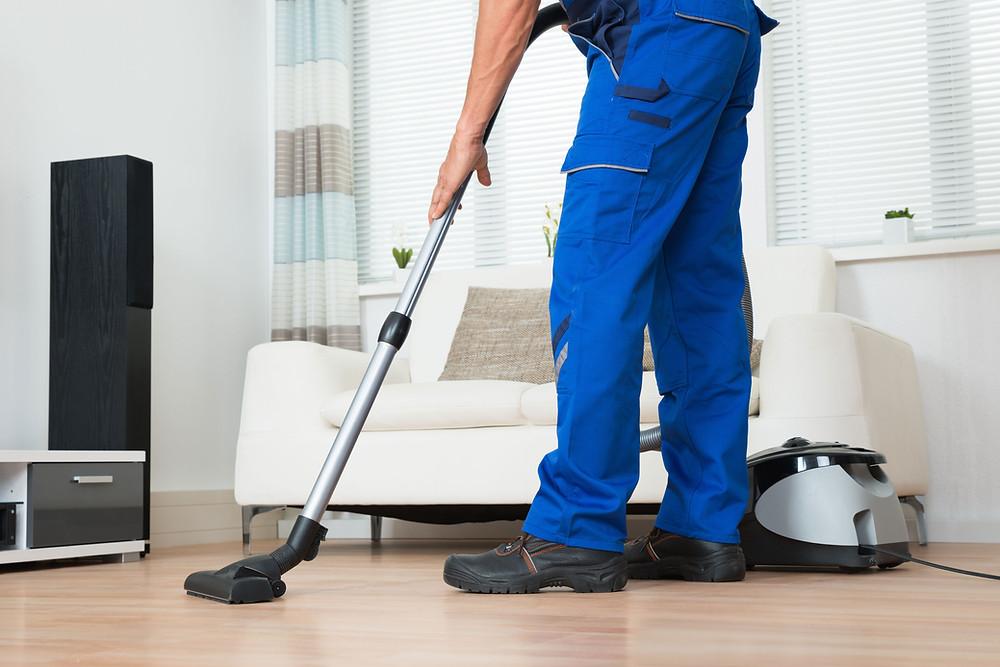 旧居の片付けや清掃+鍵の返却