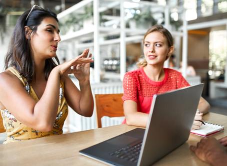 La mirada, la voz y el contenido, engranaje de una buena clase presencial o virtual.