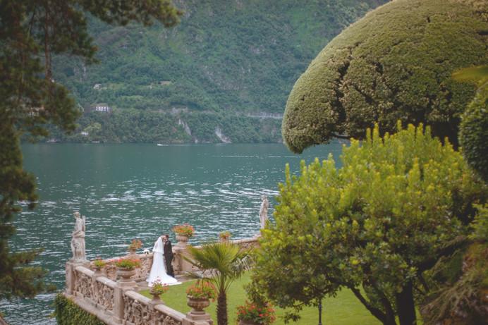 Wedding on the lake