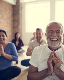 Yoga qui rit
