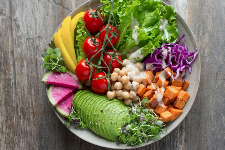 Taze salata