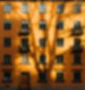 Edificio naranja