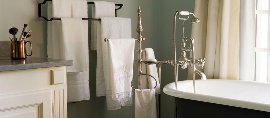 Easy Bathroom Organization Tips