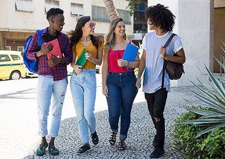 Estudantes de faculdade