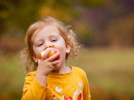 7 ideas to help your child with trying new foods!