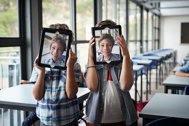 Likable Tech   likable.com.au   Children's camera   Kid's night light